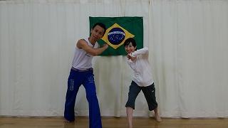 NHKおはよう日本のフィットネスコーナーにカポエイラで出演
